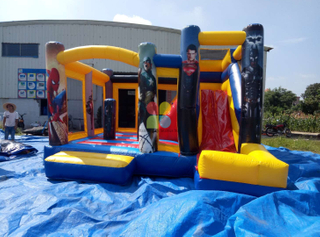 Inflatabel Heroes Castle